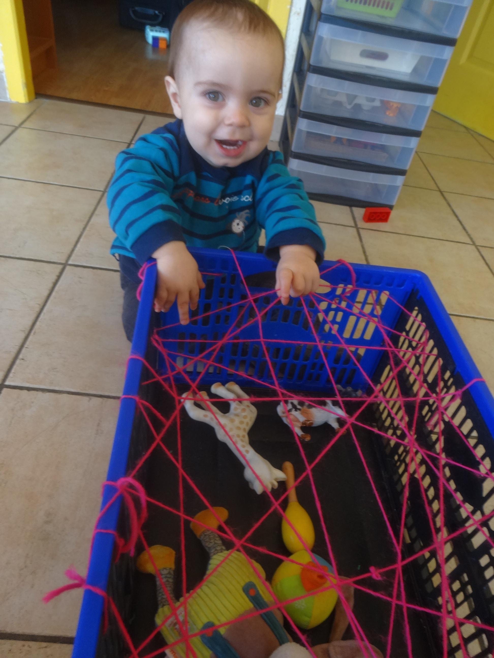 Lergo Panier de v/élo en plastique tricot/é /à la main pour enfant avec n/œud