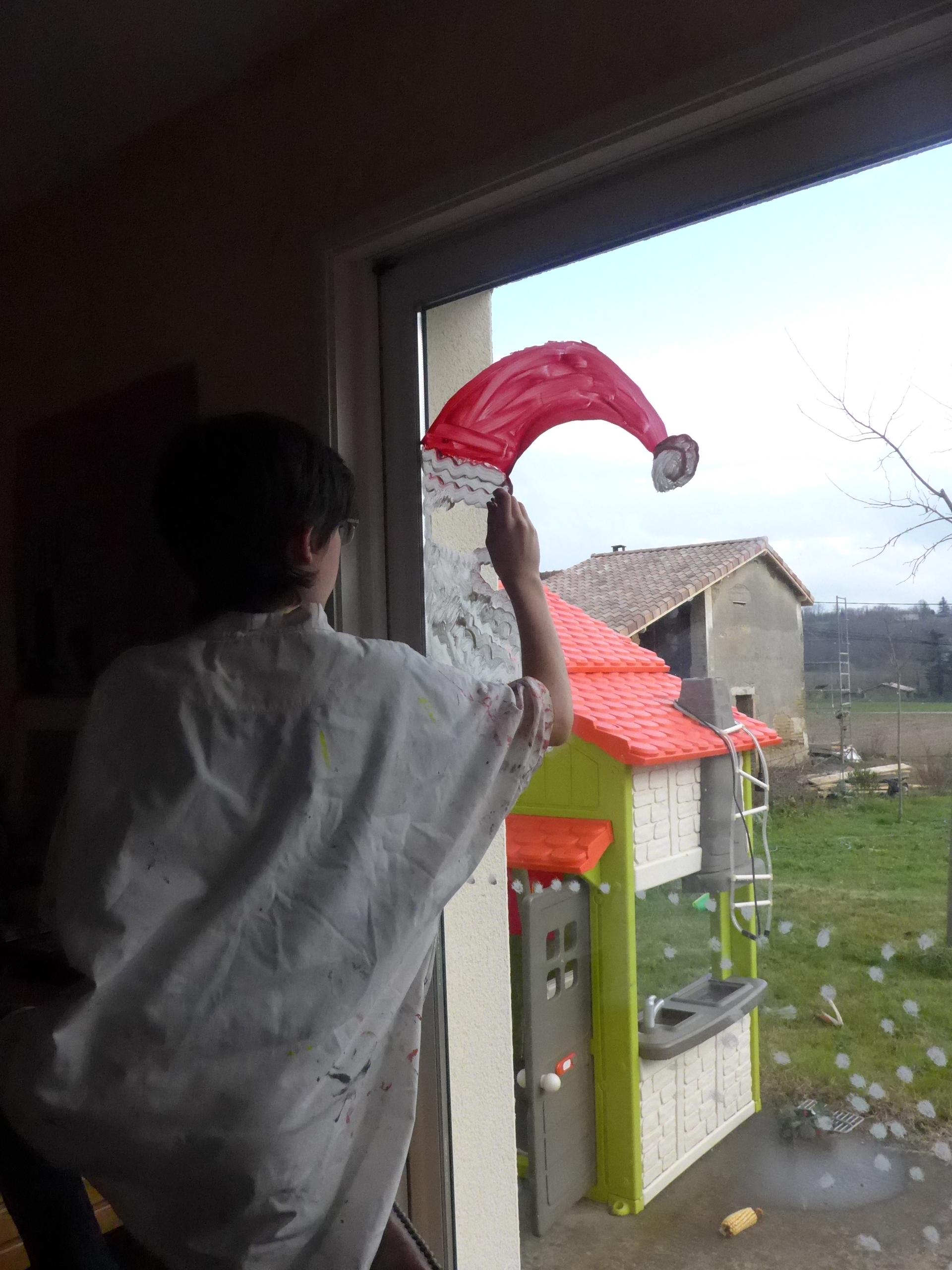 Peindre Sur Les Vitres Des Decors De Noel Activites A La Maison