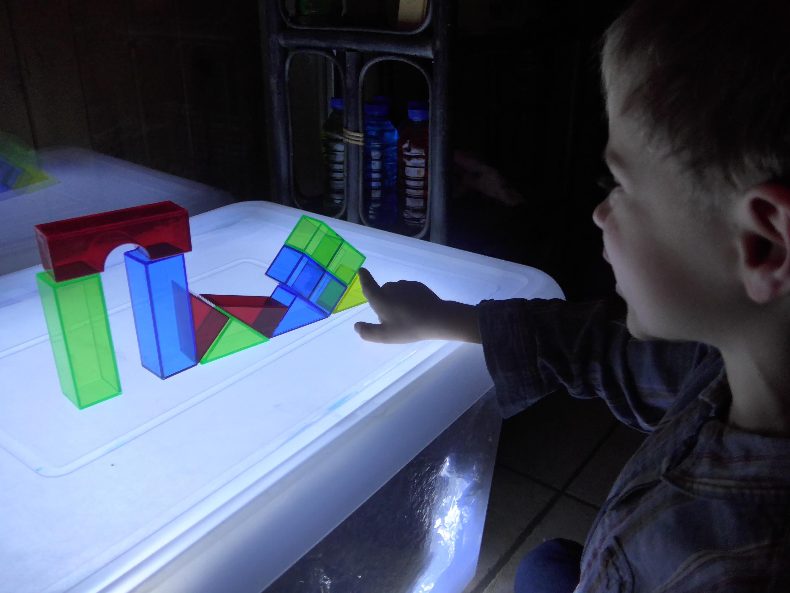table lumineuse | activités à la maison